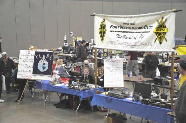 FWRC booth at 2014 Fort Wayne Hamfest