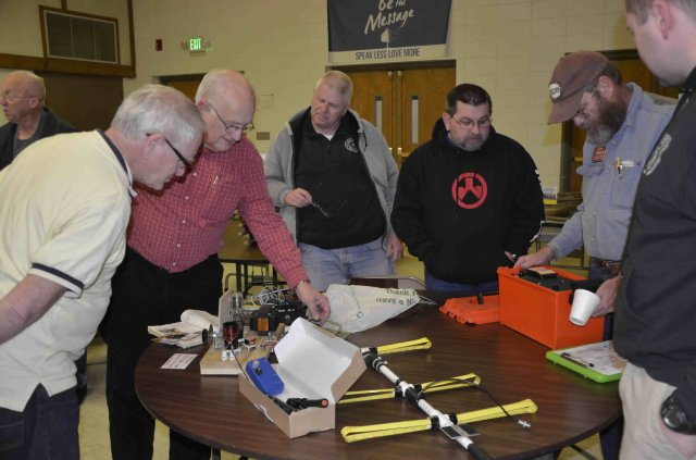 Fort Wayne Radio Club members inspect home brew projects at the March, 2015 meeting